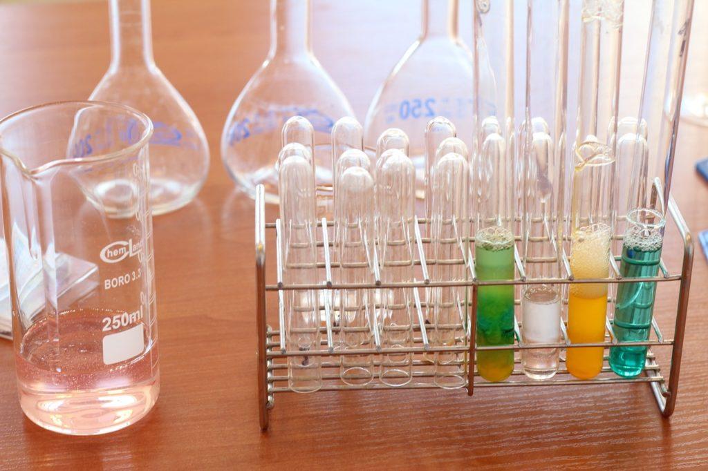 laboratory school fume cupboards extraction